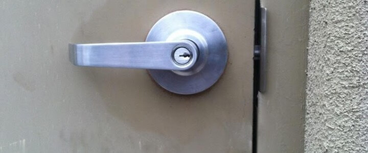 Commercial Door Lock Security Weakness – Easy Fix
