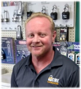 Scottsdale-locksmith-shop-manager